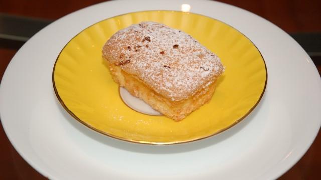 Lemon Chiffon Cakes